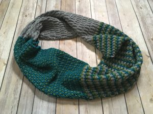 Handmade by Stefanie yarn review - stratosphere from brown sheep