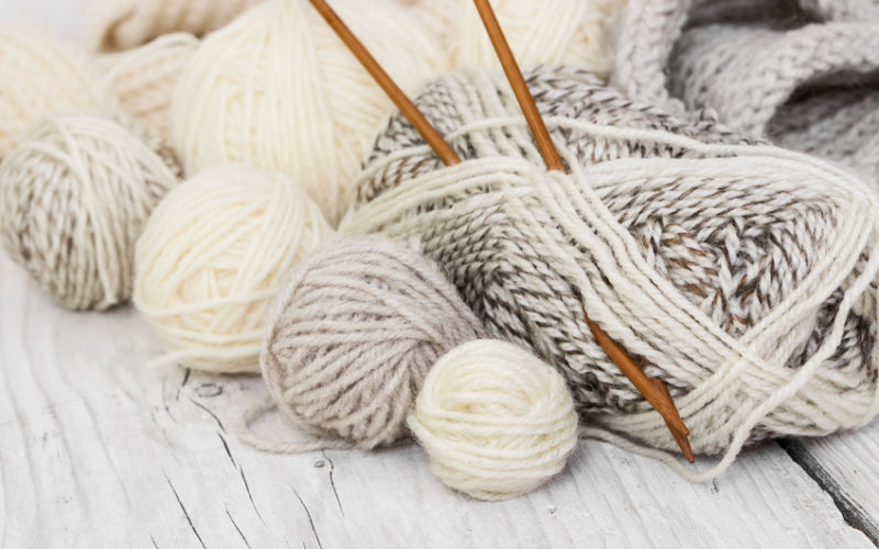 Beginner's Guide to Choosing the Right Knitting Yarn and Needles