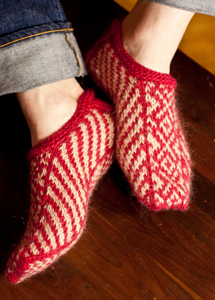 hand knit fair isle socks in red and white pattern